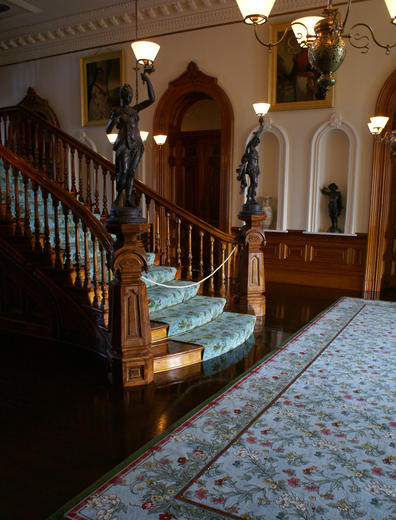 Custom staircase and rug
