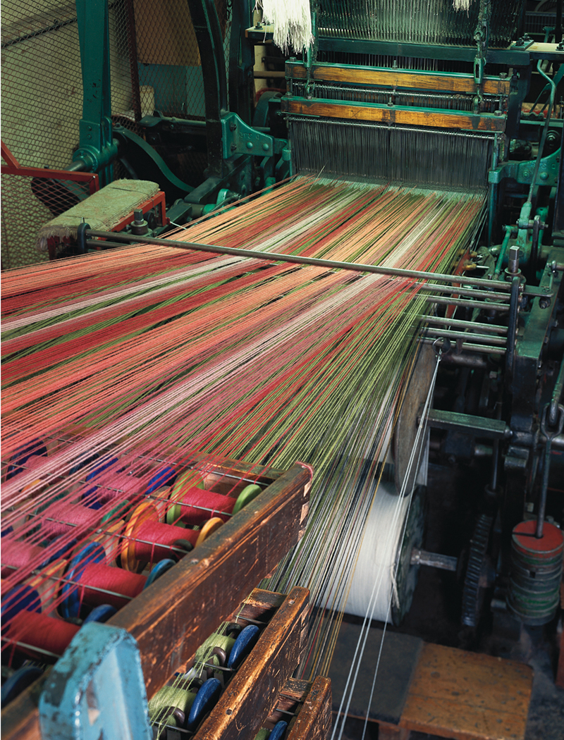 Yarn at back of loom